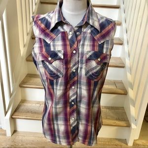 True Religion plaid sleeveless buttons down top M